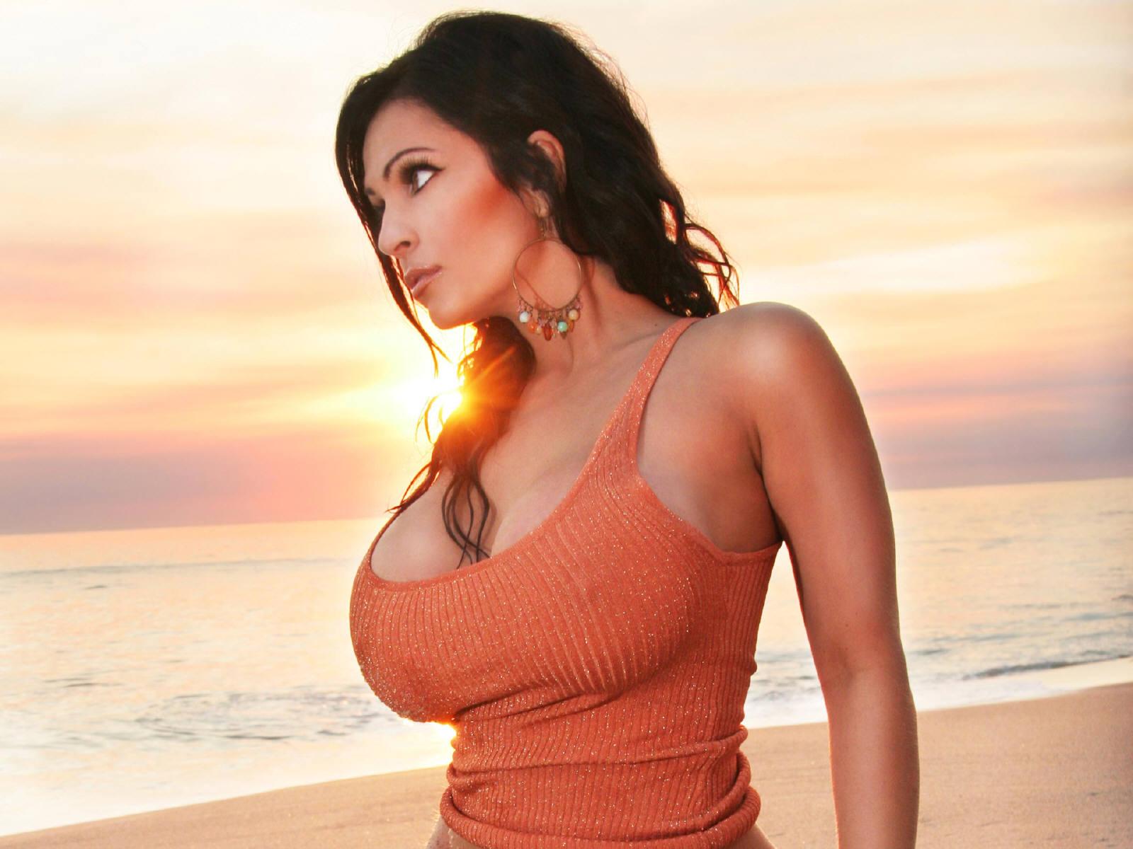 image Hot brazilian who needs 3 cocks to satisfy her