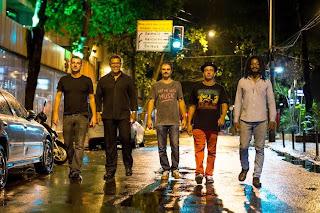 Quinteto Fantasma apresenta o show 'Live All Night' em Ipanema