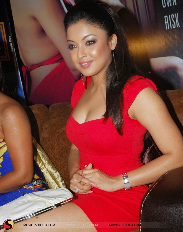 Tanushree Dutta at event