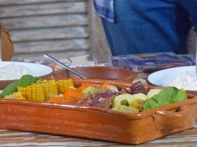 Cozido de carne variadas