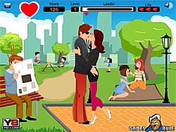 Hôn nhau trong công viên, game vui nhon