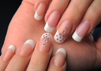 Tips How to Lengthen Nails Quickly and Naturally