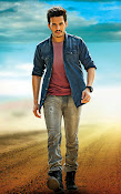 Akhil akkineni stylish photos-thumbnail-9