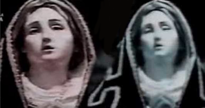 Statue-Addolorata of the Virgin Mary in Italy was caught closing her eyes