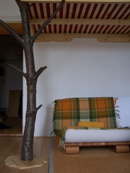Lit mezzanine 2 places avec un pied d 39 arbre lit mezzanine 2 places - Lit mezzanine 4 places ...
