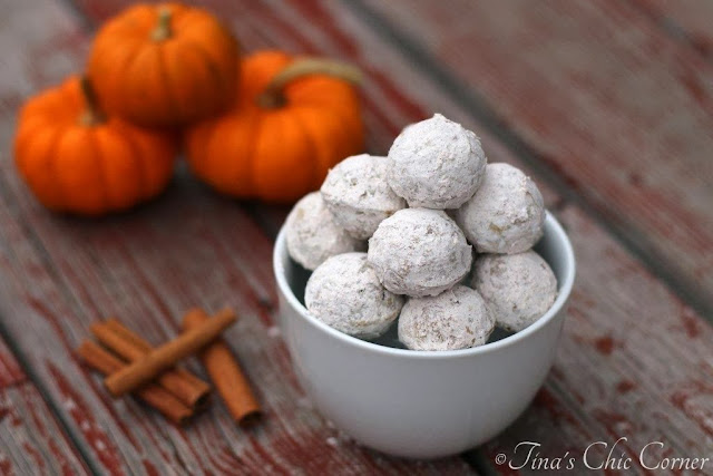 http://tinaschic.com/2013/11/pumpkin-doughnut-holes/