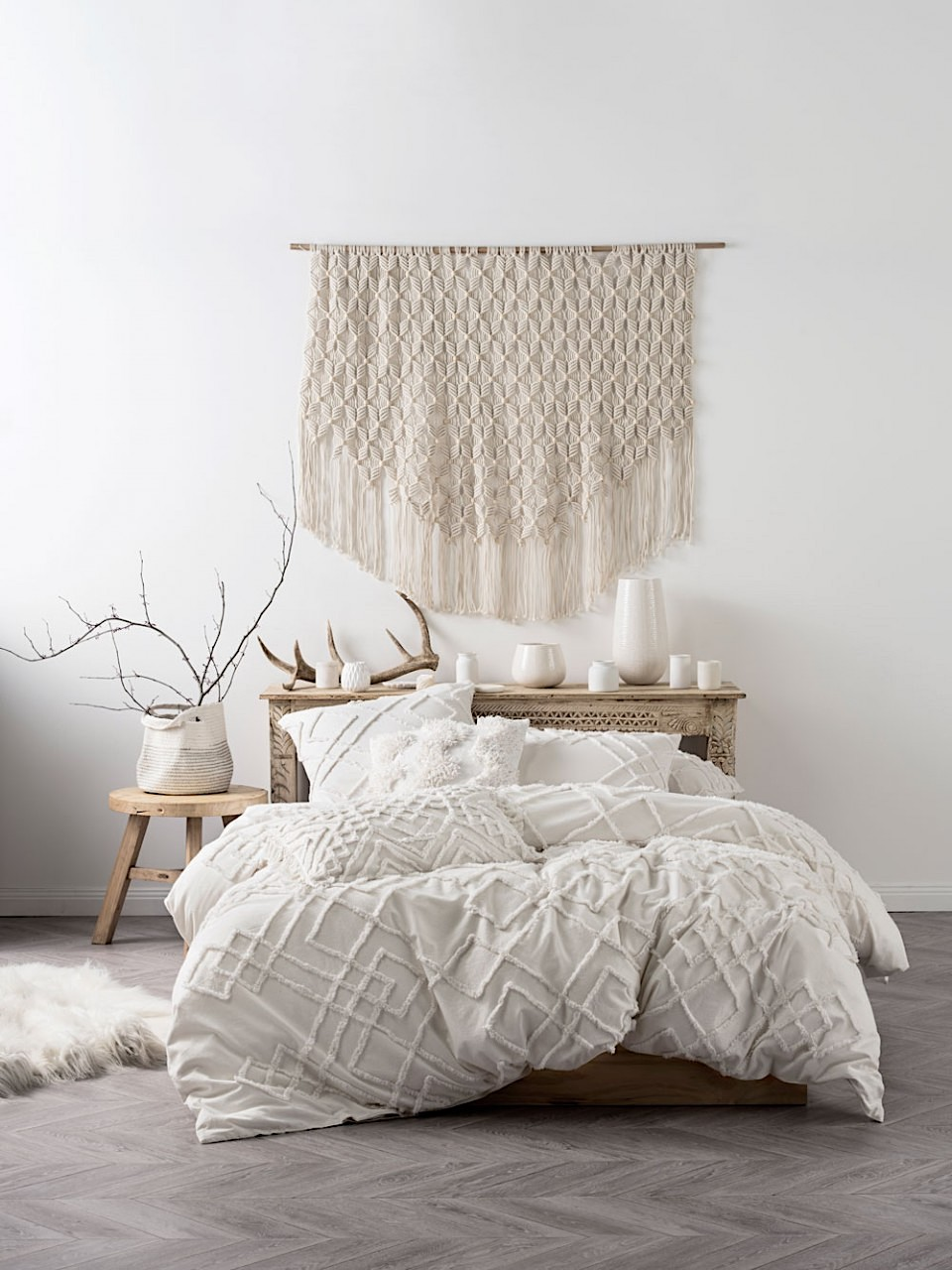 Beautiful  we always remend choosing a pillow with smoothing memory foam or soft bamboo so your bed is as soft and inviting as it looks