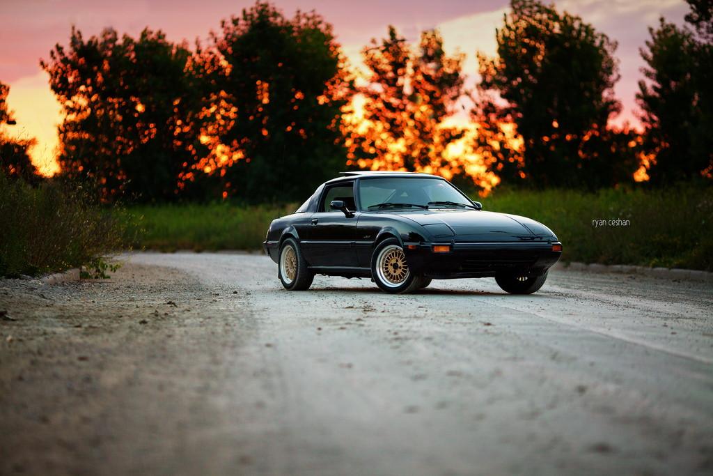 Mazda RX-7, rotary, silnik z wirującym tłokiem, samochód z duszą, znany, zdjęcia, fotki