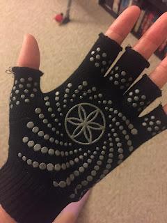 gaiam yoga gloves