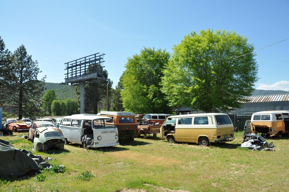 Wrecking Yards In Oregon : I´m riding old school oregon junk yard