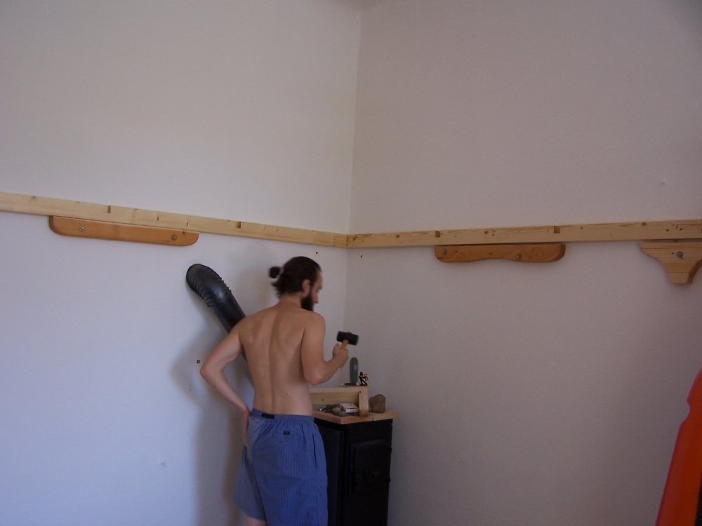 Construction d 39 un lit mezzanine 2 places pour famille - Lit mezzanine 2 places avec escalier ...