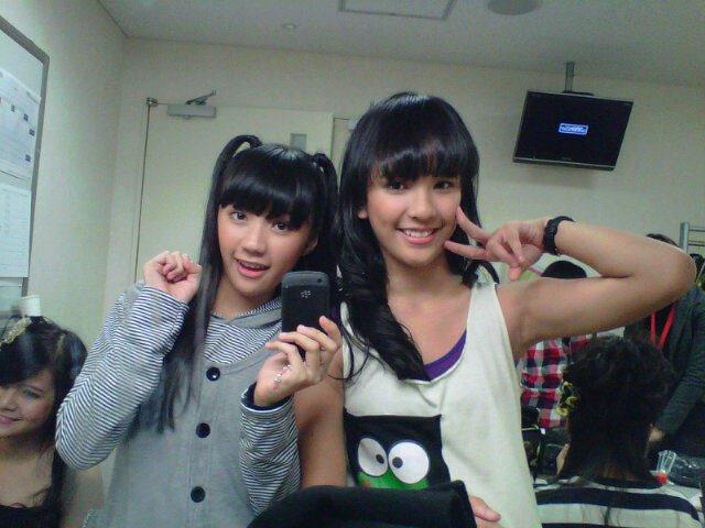 Cindy gulla dan Beby JKT48