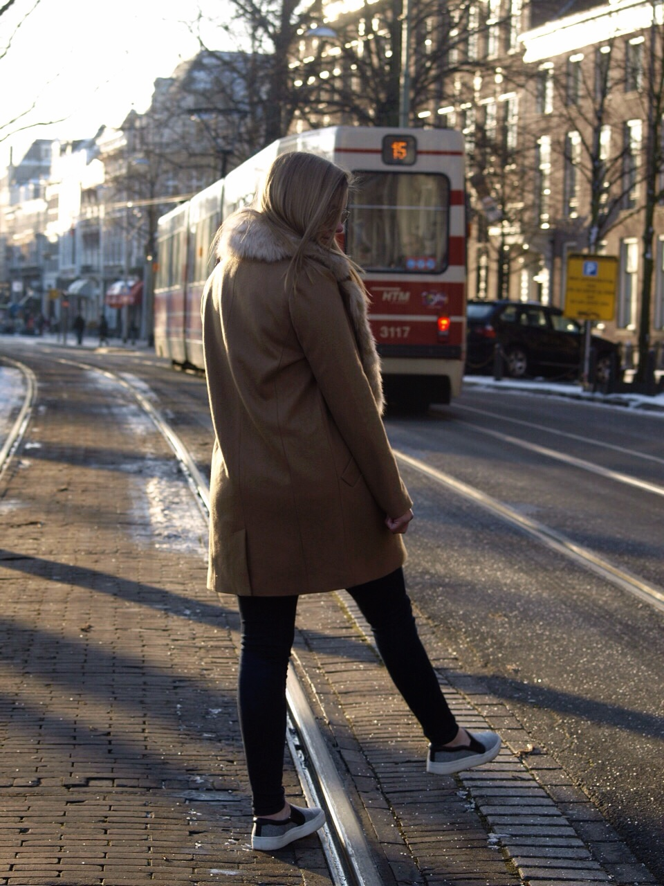 back, again, fashion, camel, coat, fur, collar, asos, zara, prada, vacation, return, birthday, excited, dominique, candido, deau, blogger, blog, mode, inspiration, outfit,