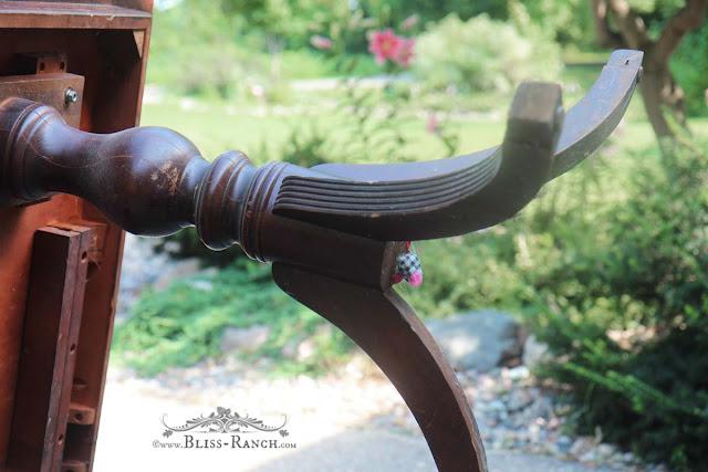 Auction Vintage Table, Bliss-Ranch.com