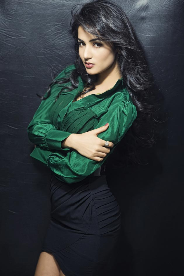 Sonal Chauhan Beautiful Photo Shoot