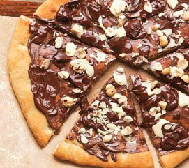 Chocolate Chip and Apple Dessert Pizza