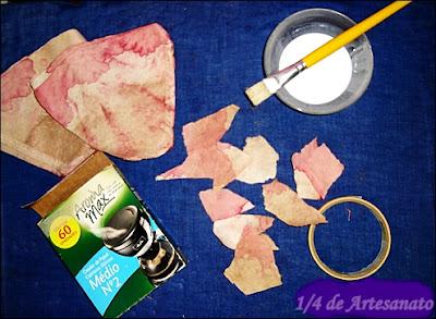 Filtro de café usado, embalagem de filtro de café e cola branca para fazer embalagem reciclado