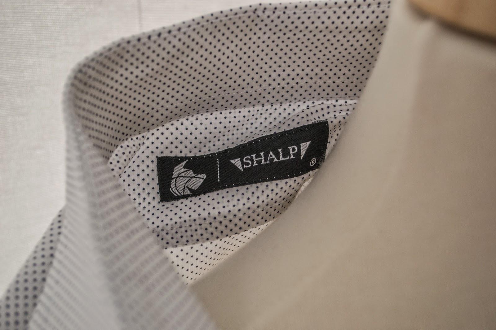 Review Camisa lunares de Shalp.