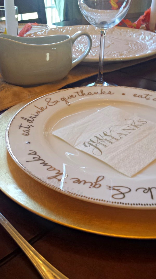 pretty thanksgiving plates
