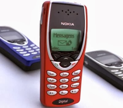 Propaganda dos Celulares Nokia (Cores) com o Pelé em 2002.