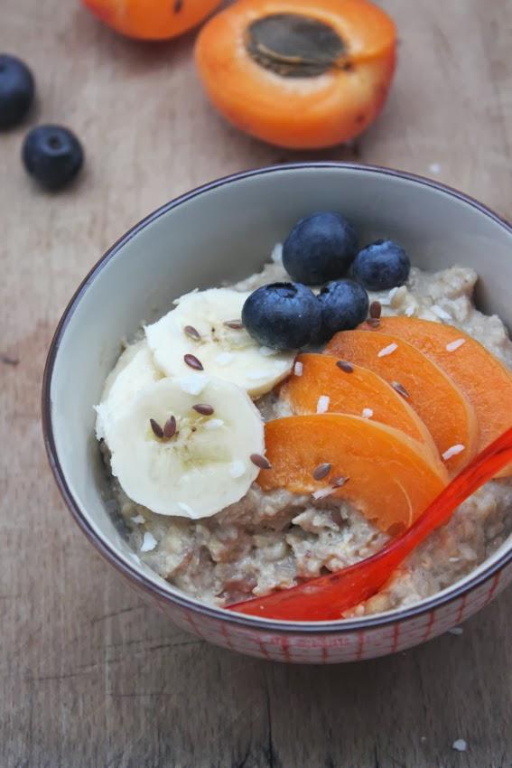 petits repas entre amis porridge onctueux soja avoine sarrasin aux fruits de saison. Black Bedroom Furniture Sets. Home Design Ideas