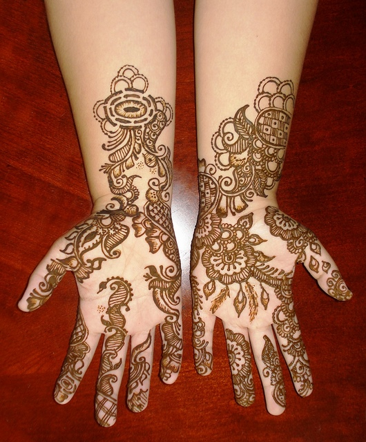 New Mehndi Flower Design : New mehendi different styles for hands designs