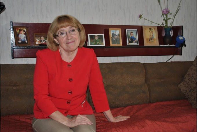 Valles vidusskolas skolotāja Līga Granta neilgi pirms savas 60. gadu jubilejas 2014. g. 30. jūnijā