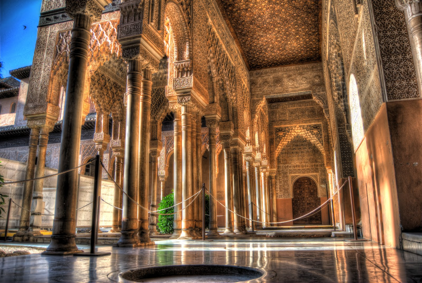 Milan Kreuschitz HDR Photography: The Alhambra, Granada, Spain