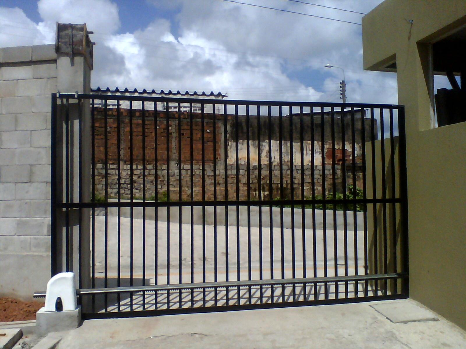 #486083 METALPLAST Esquadrias Forros e Divisórias: Portão em Alumínio 4414 Janela Aluminio Maxim Ar Serie 25