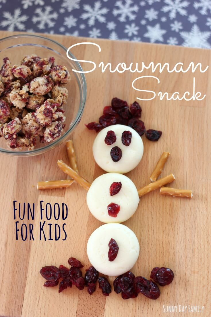 Make an easy Snowman Snack! This is the perfect snow day snack - kids love this fun snack idea and you'll love how wholesome it is.