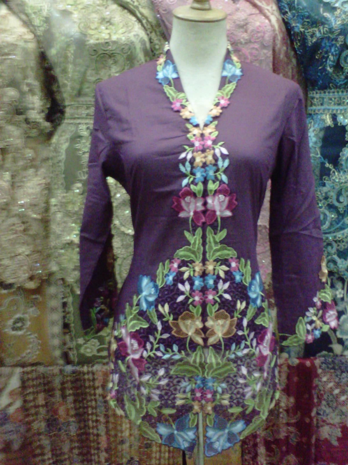 pusat toko grosir solo batik murah klewer surakarta grosir baju murah