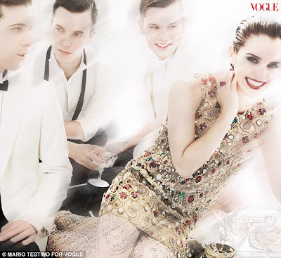 emma watson vogue 2011 photoshoot. Emma Watson#39;s Vogue photos