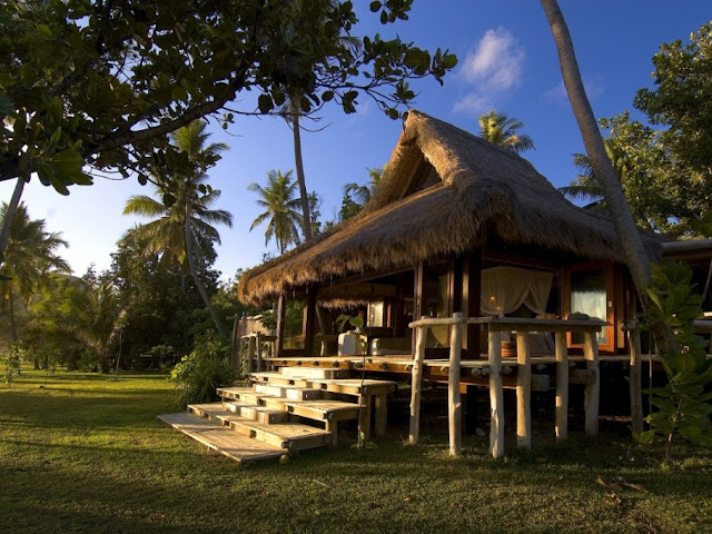 Picture of the wooden residence on the private island