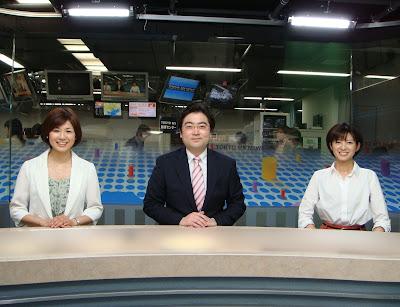 夕方と夜のニュースでタッグを組んでいる、 キャスター中谷隆宏さんと、気象予報士の吾方佑名さん。