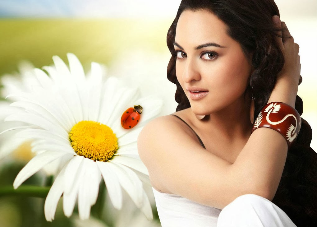 Sonakshi Sinha Pictures
