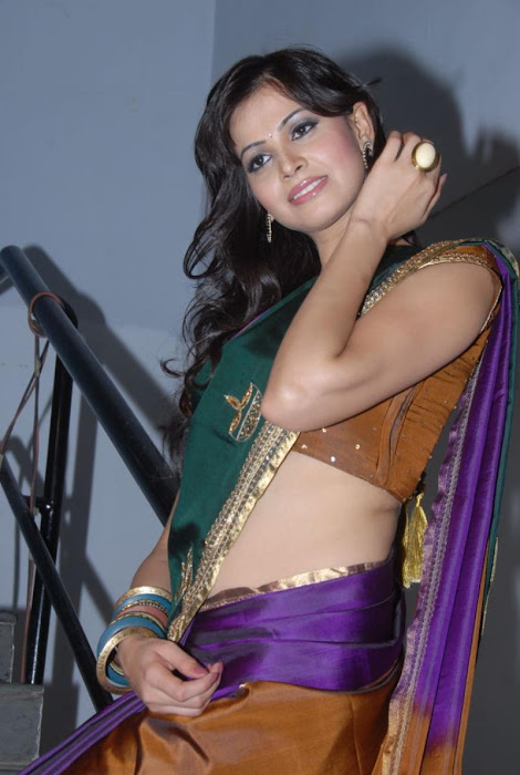 supriya shailaja new half saree , hot photoshoot