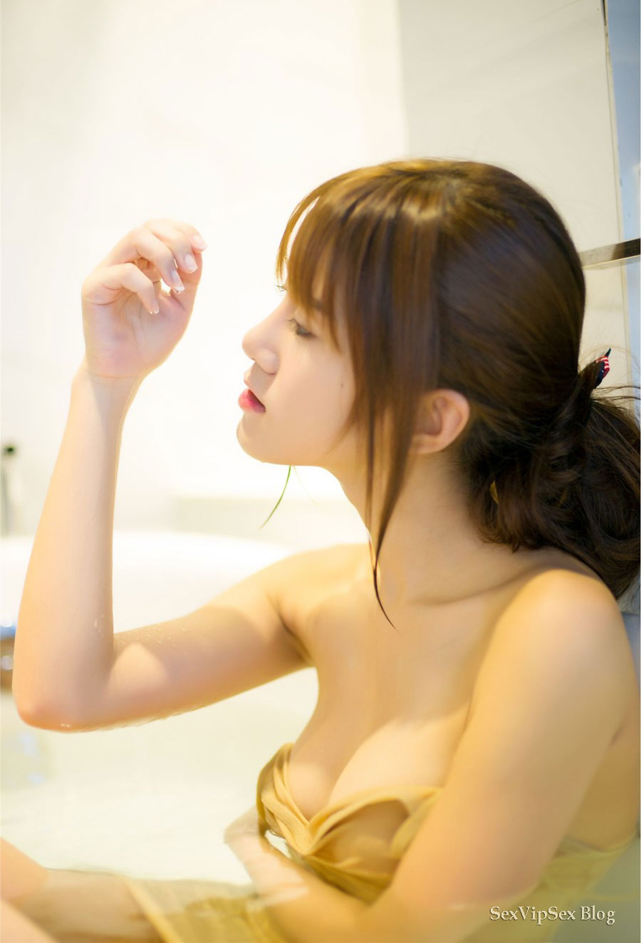 Know, Chinese big tits nude