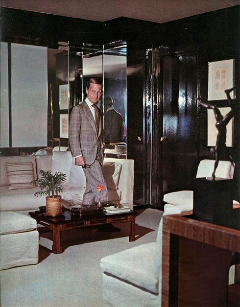 {Baldwin In His Fabulous One Room Manhattan Apartment}