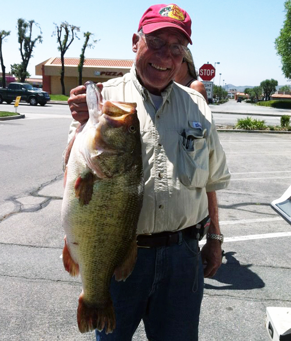 record black bass monde