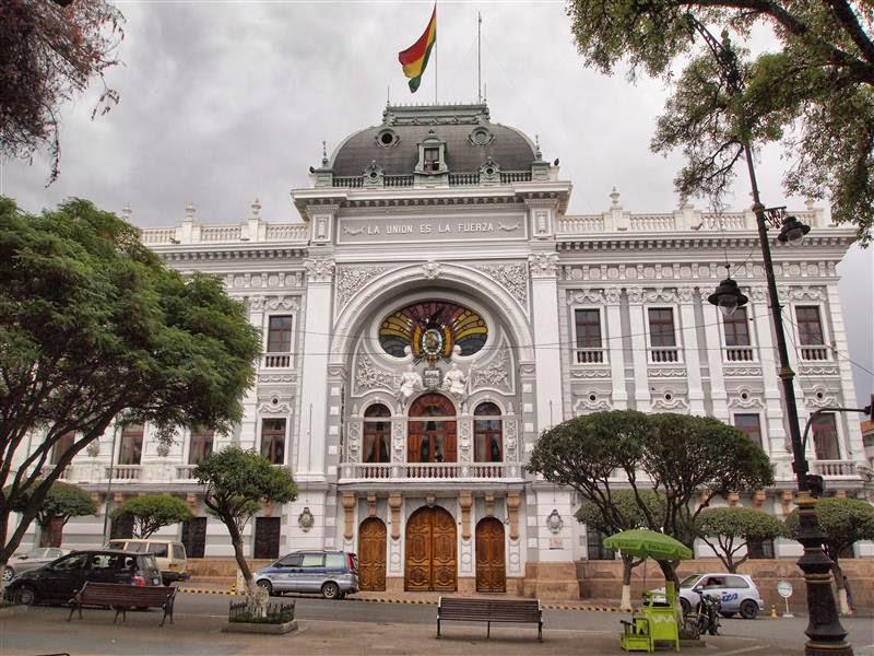 Palacio del Gobierno Autónomo Departamental de Chuquisaca  (ex-Palacio del Gobierno Nacional de Bolivia)