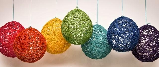 ah y si utilizas globos de distintos tamaos obtendrs esferas tan graciosas como estas que te servirn para decorar cualquier rincn de la casa