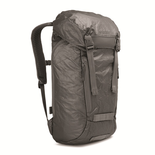 Incase-Alloy-Messenger-Backpack