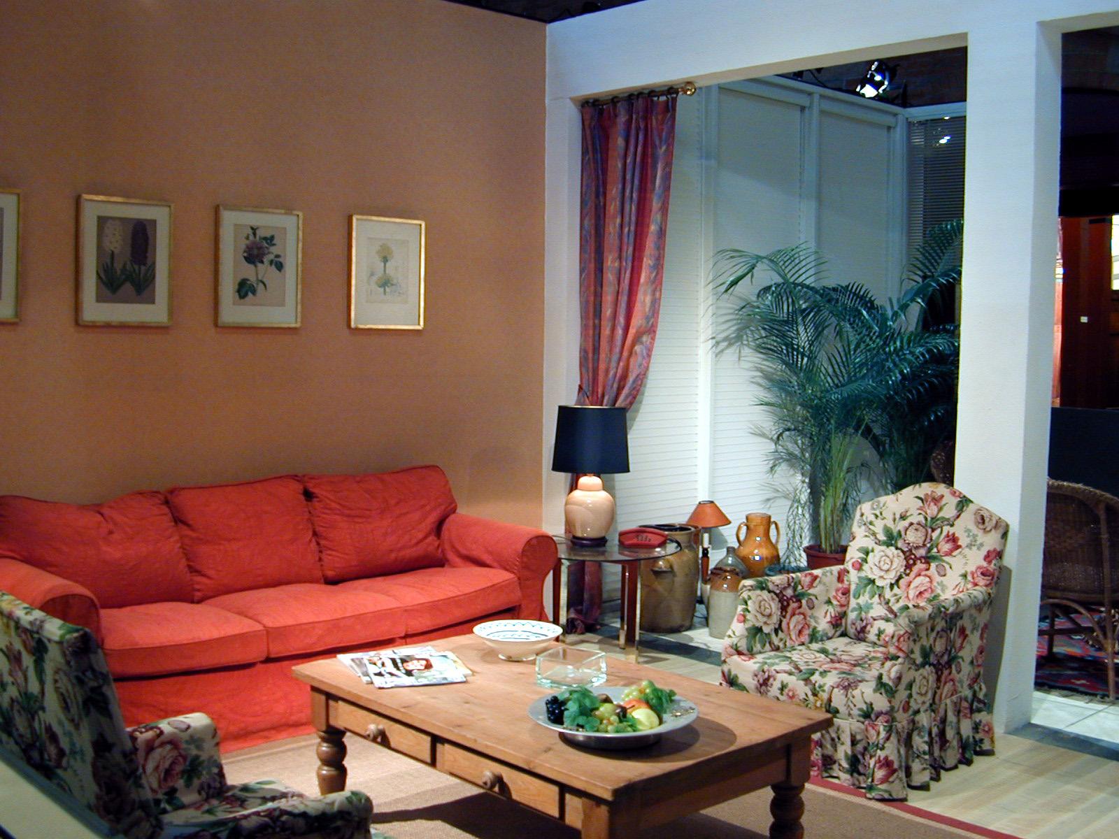 http://3.bp.blogspot.com/-Dc3yzbvlVS8/T8_Q6sUOCqI/AAAAAAAAAV8/Zn8X-fL8ghw/s1600/interior%20wallpaper%20(4).jpg
