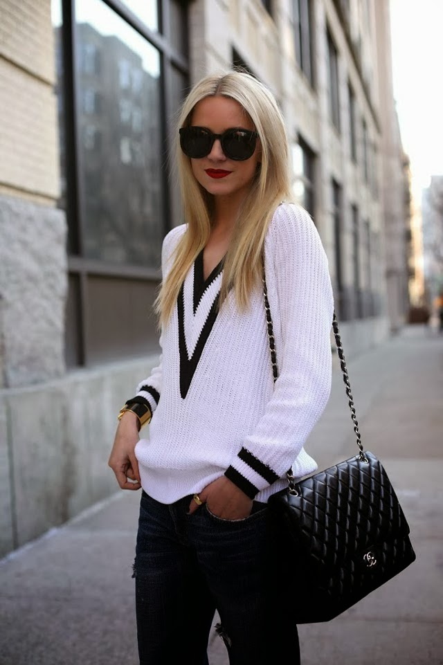 RAG & BONE TALIA DEEP V SWEATER.