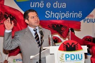 """Απίστευτες προκλήσεις από τον πρόεδρο των τσάμηδων..""""Η Αλβανία θα ολοκληρωθεί με Κόσοβο και Τσαμουριά"""""""