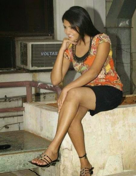 Sunaina crossed legs