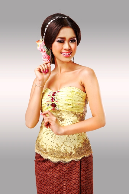 Beautiful wedding dress khmer wedding clothes for Khmer dress for wedding party