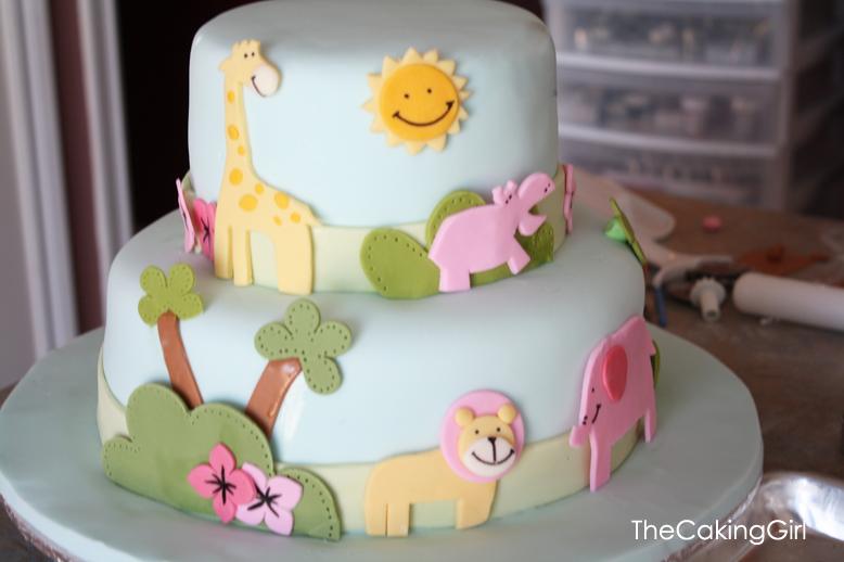 Cake Decorating Ideas Without Fondant : TheCakingGirl: Fondant Decorating: Cute Animal Cake