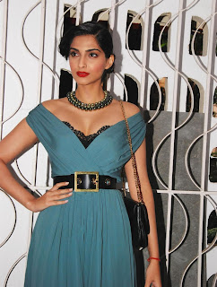 Sonam Kapoor and Imran Khan Launches Stardust Magazine (19).JPG