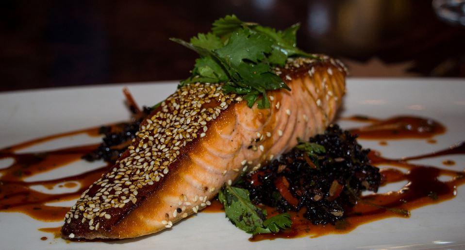 Street food cuisine du monde recette de saumon marin au - Cuisiner saumon surgele ...